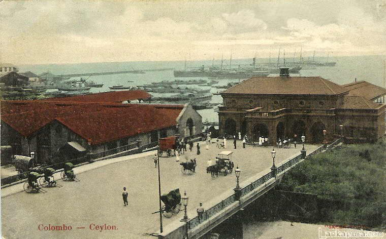 Colombo Harbour Ceylon 1908.jpg