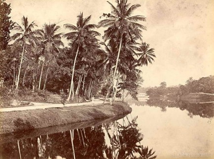 The Lake at Kandy, Ceylon C.1880