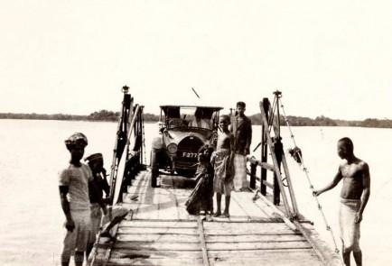 Ferry across the estuary at Trincomalee, Ceylon 1925