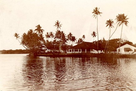 View across the lake at Colombo, Ceylon 1910