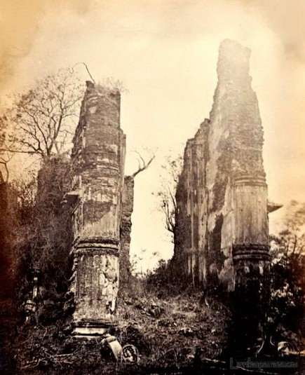 A ruined temple Pollonarwa, Sri Lanka 1880 to 1890