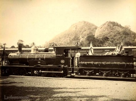Ceylon Railway Engine 66 at Kurunegala in 1909