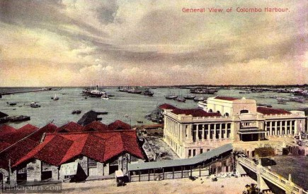 General view of Colombo Harbor